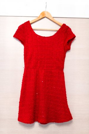 Rotes Minikleid aus Wolle