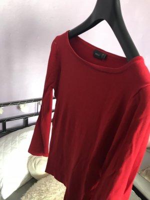 Rotes Oberteil