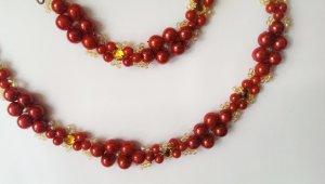 Rotes Perlenset Kette und Armband