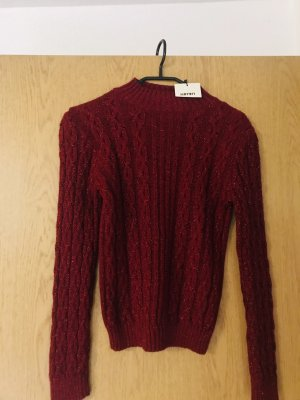 Rotes Pullover