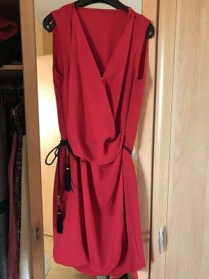 Rotes Sommerkleid von Mango