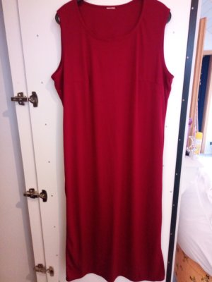 rotes Stretchkleid in 46-48
