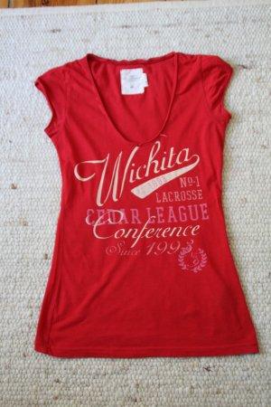 Rotes T-Shirt mit Print und V-Ausschnitt
