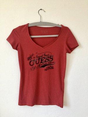 Rotes T-Shirt von Guess