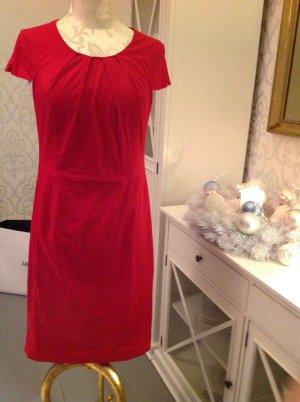 Rotes, tailliertes Kleid von Madeleine, S/M