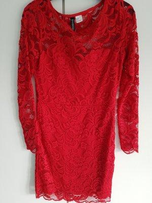 Rotes tailliertes Spitzenkleid H&M
