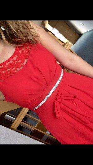 Rotes Vokuhila Kleid