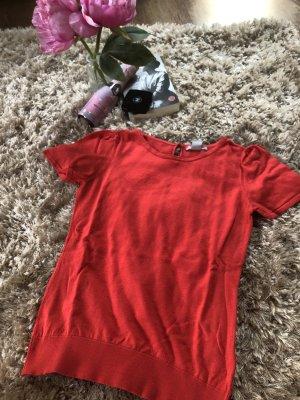 Rotes woll T-Shirt