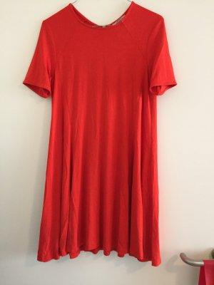 Rotfarbenes A-Linien Kleid von Zara