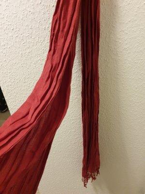 Bufanda de flecos rojo frambuesa