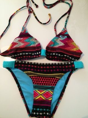 Roxy Bikini ........