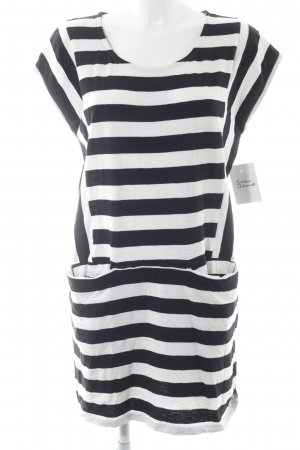 Roxy Jerseykleid schwarz-weiß Streifenmuster Street-Fashion-Look