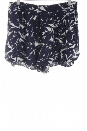 Roxy Shorts blau-weiß Blumenmuster Street-Fashion-Look
