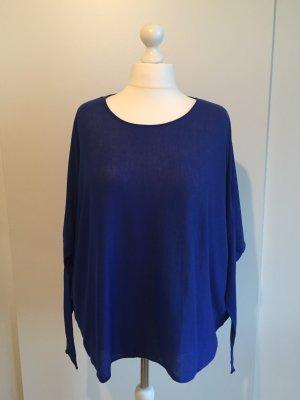 Royal- blaues Shirt mit Fledermausärmeln