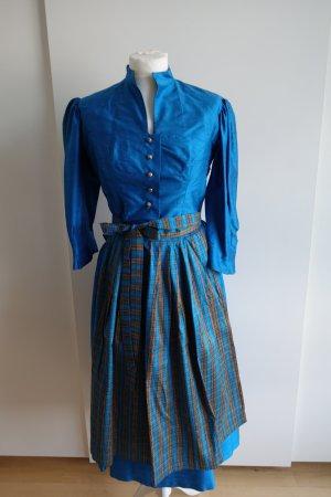 Royal-blaues Trachtenkostüm aus Seide