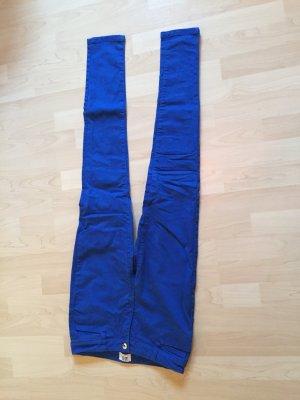 Royalblaue Jeans von VERO MODA