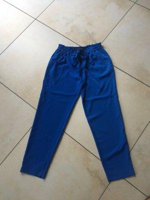 Royalblaue Sommerhose mit Bindegürtel