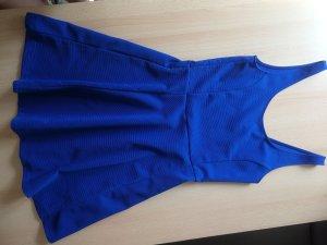 Royalblaues Kleid