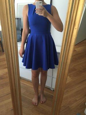Royalblaues Sommerkleid