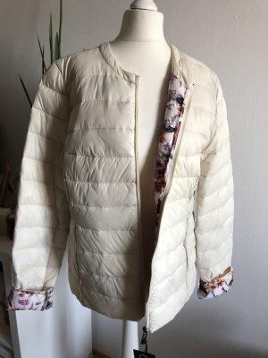 Rubber&Co Soft Daunenjacke XL 42 neu mit Etikett creme mit Blumenmuster Winterjacke