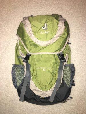 Rucksack von Deuter #grün #backpack #outdoor