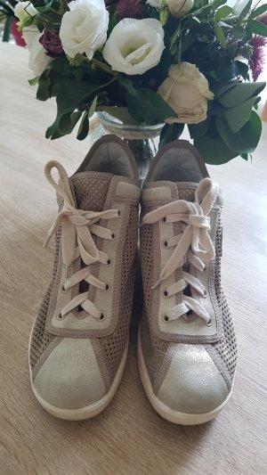 Ruco Line Wedge Sneaker beige
