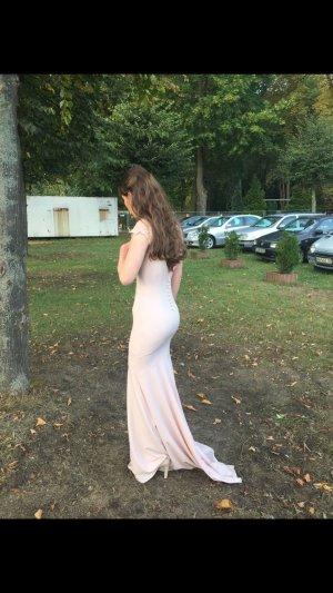Rückenfreies Abendkleid von Jarlo