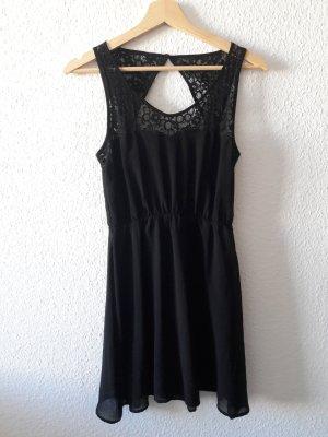 Rückenfreies, leichtes Kleid