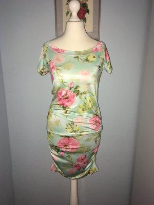 Rückenfreies Sommerkleid, Größe S
