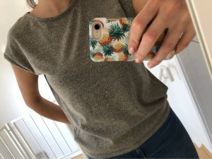 Rückenfreies T-Shirt