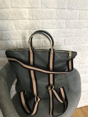 Rücksack Lederrücksack Handtasche 2 in 1 neu Leder  grau