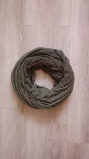 Rund Schal khaki/oliv
