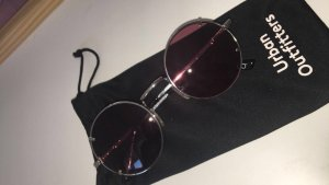 Runde lila Sonnenbrille