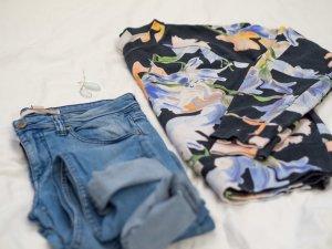Rundhals Pullover mit Floralem Muster