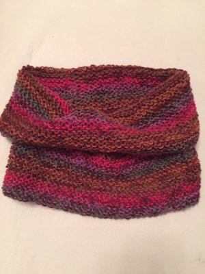 Snood raspberry-red-dark violet wool