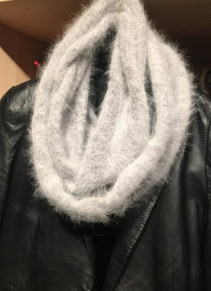 Sciarpone grigio chiaro-argento