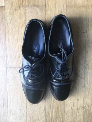Russel & Bromley Oxfords black