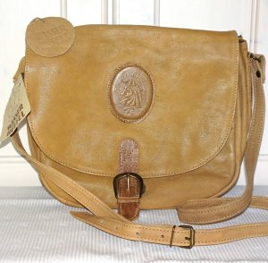 Traditional Bag light brown-cognac-coloured leather