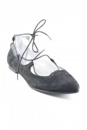 s.Oliver Ballerinas with Toecap black simple style