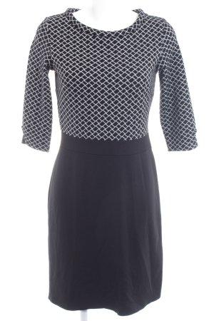s.Oliver Jerseykleid schwarz-weiß grafisches Muster Casual-Look