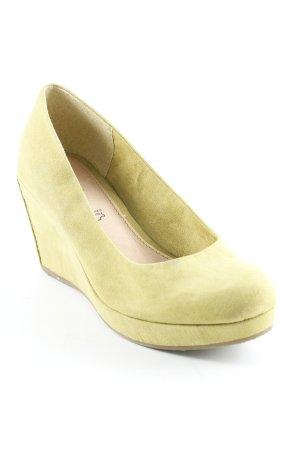 s.Oliver Zapatos de cuña verde oliva estilo sencillo