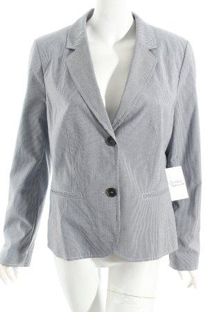 s.Oliver Kurz-Blazer weiß-blau Nadelstreifen Street-Fashion-Look