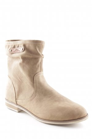 s.Oliver Short Boots camel casual look