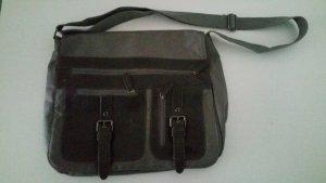 s.Oliver Messenger Bag