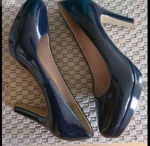 s.Oliver Plateauzool pumps blauw-donkerblauw Imitatie leer