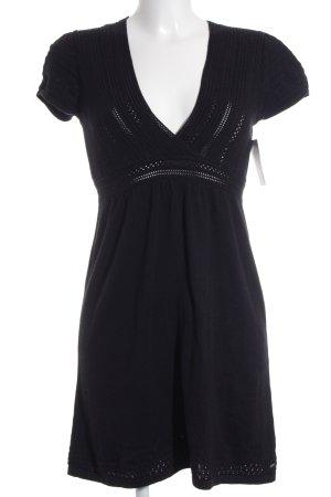 s.Oliver Vestido tipo jersey negro estilo sencillo