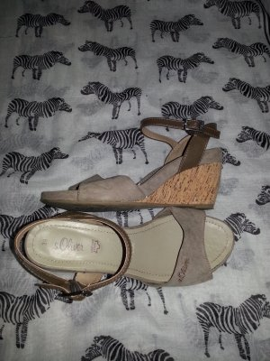 s.Oliver Wedge Pumps taupe