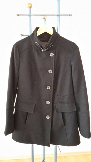s.Oliver Short Coat black