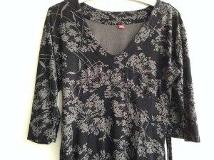 s. Oliver Shirt in Größe S, schwarzes Shirt mit grauen Blumen
