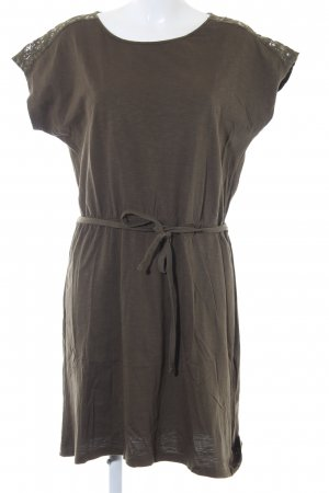 s.Oliver Shirtkleid khaki Street-Fashion-Look